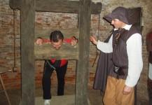 torture medievale dans les caves du chateau jep2013