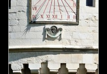 Cadran solaire du château de Rambures