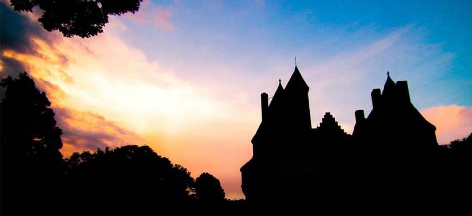 Château de Rambures en contre-jour