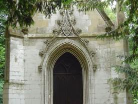 Chapelle du parc du Château fort de Rambures