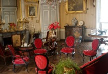 Grand salon du château fort de Rambures