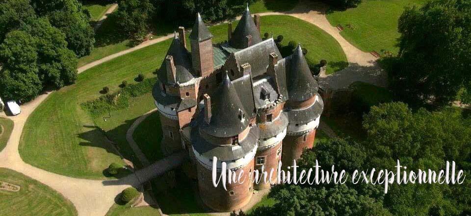 Vue aérienne du Château Fort de Rambures